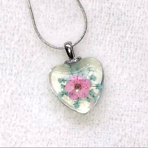 Pretty Pink Heart Real Flower Necklace NWT